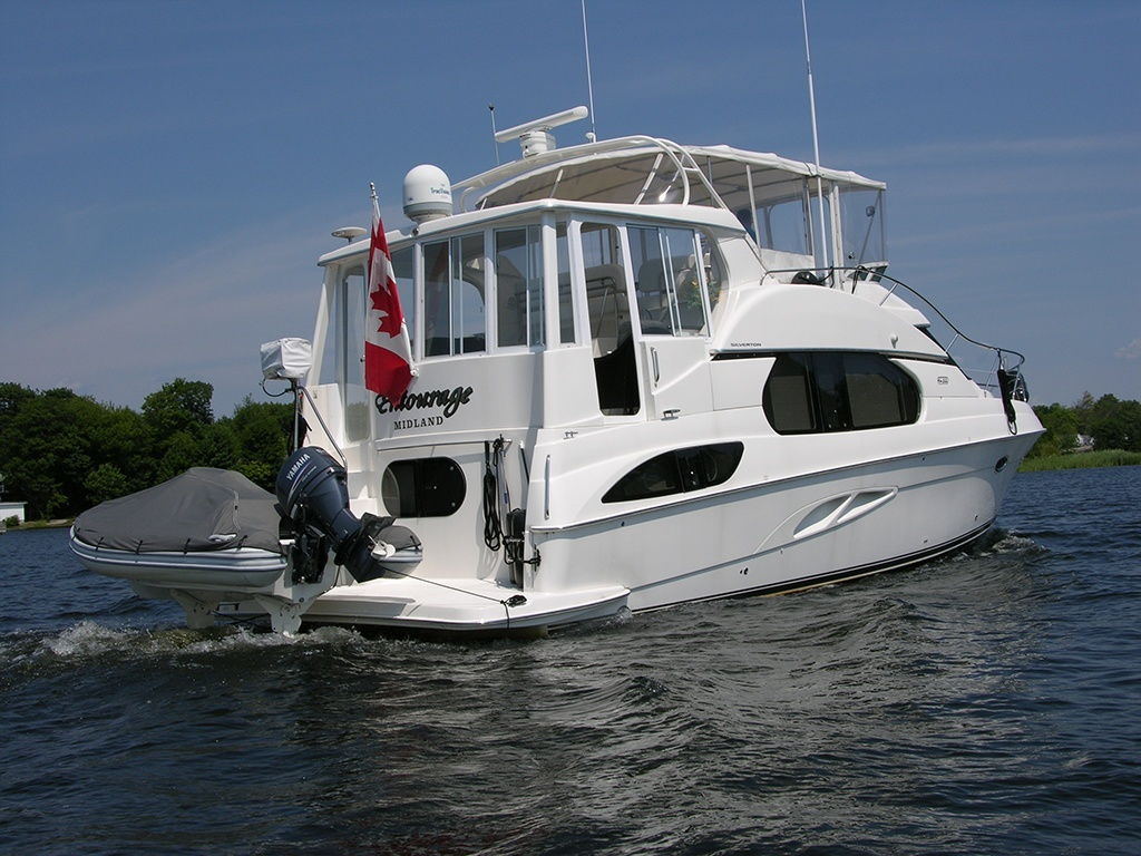 Used Review Silverton 43 Motor Yacht Boats And Places